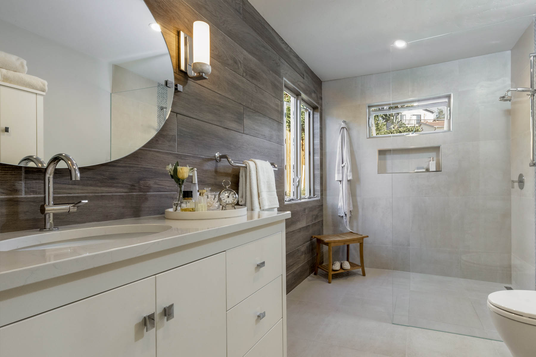 Lancaster bathroom