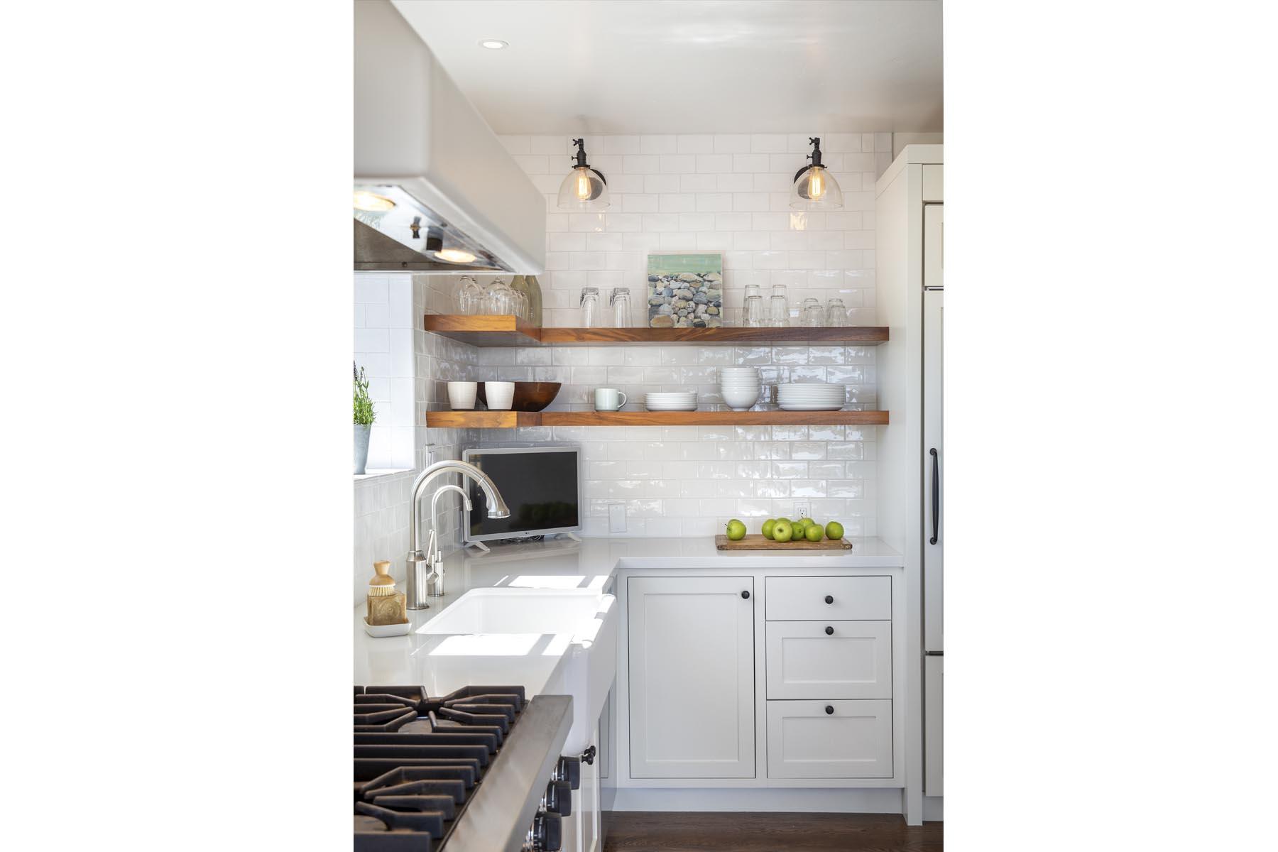 Bird kitchen detail